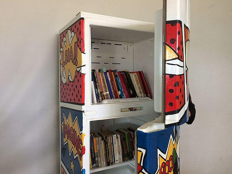 Geladeiroteca disponibiliza livros ao público