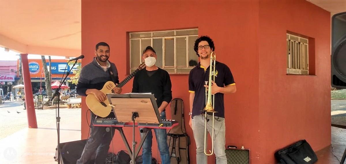 Projeto com música ambiente divulga inscrições para as Oficinais Culturais