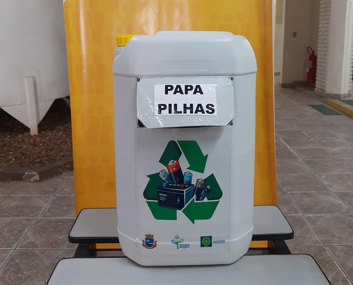 Meio Ambiente instala recipientes para recolher pilhas e baterias usadas