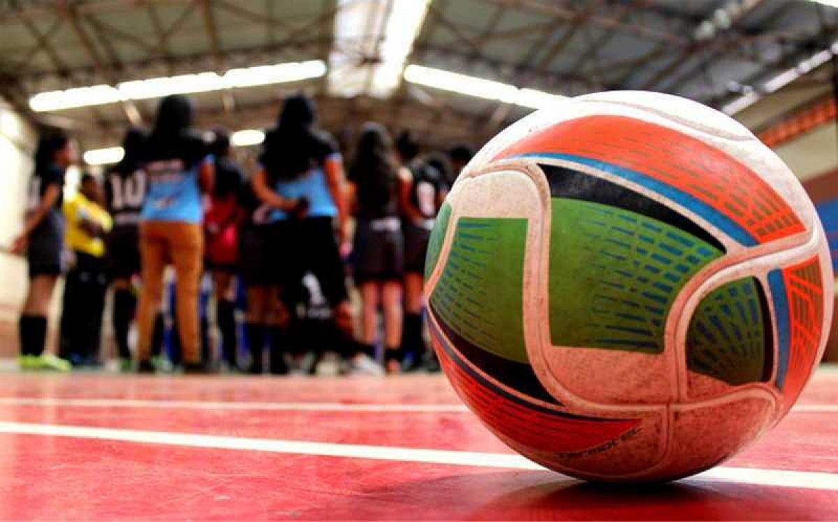 SEME amplia horários de treinamento do futsal feminino