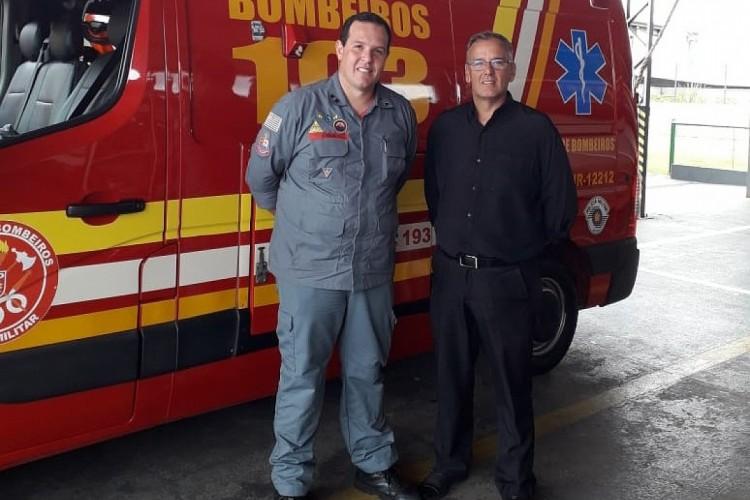 Turismo fecha parceria com Bombeiros para trabalho de guarda-vidas na represa