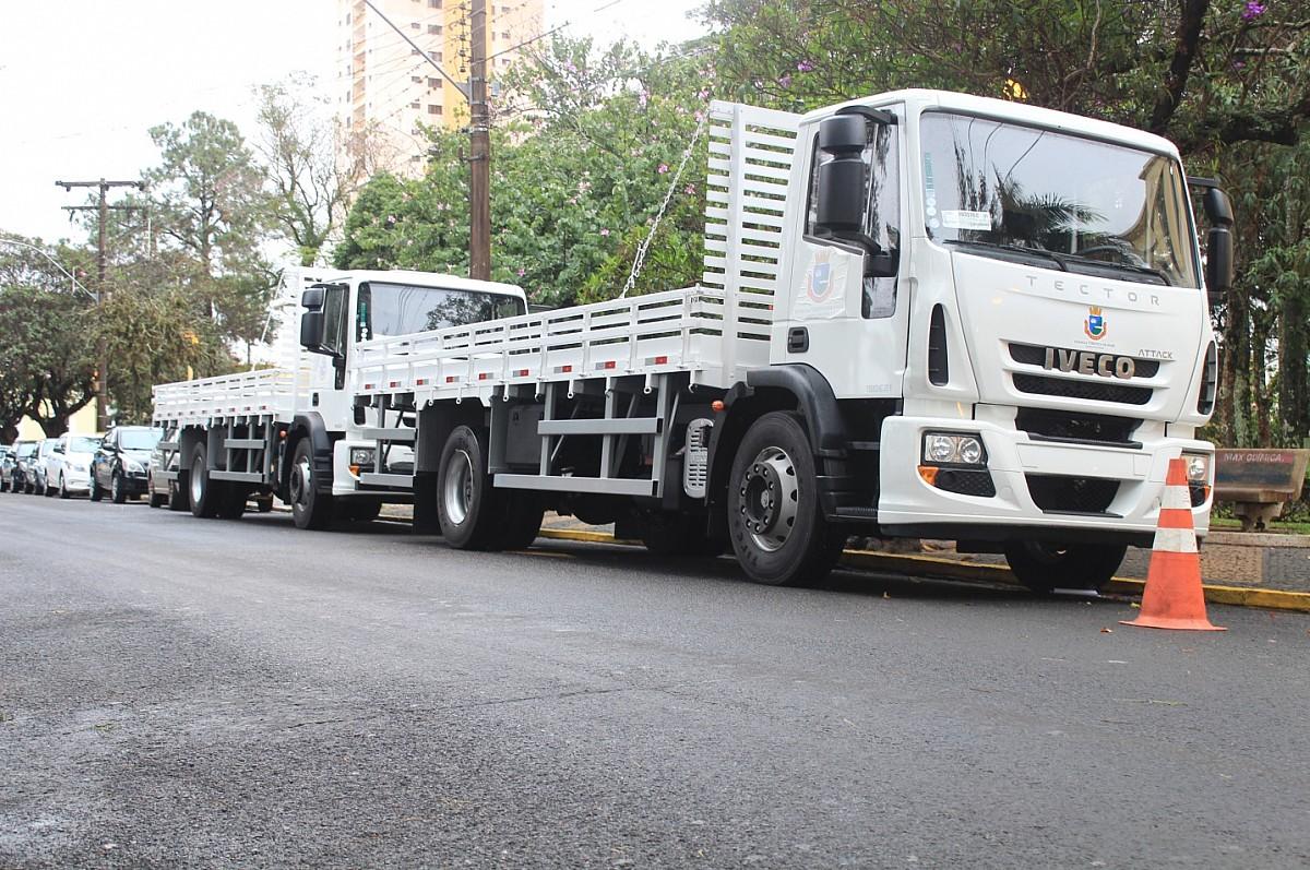 Renovação da frota auxiliará na manutenção de vias públicas
