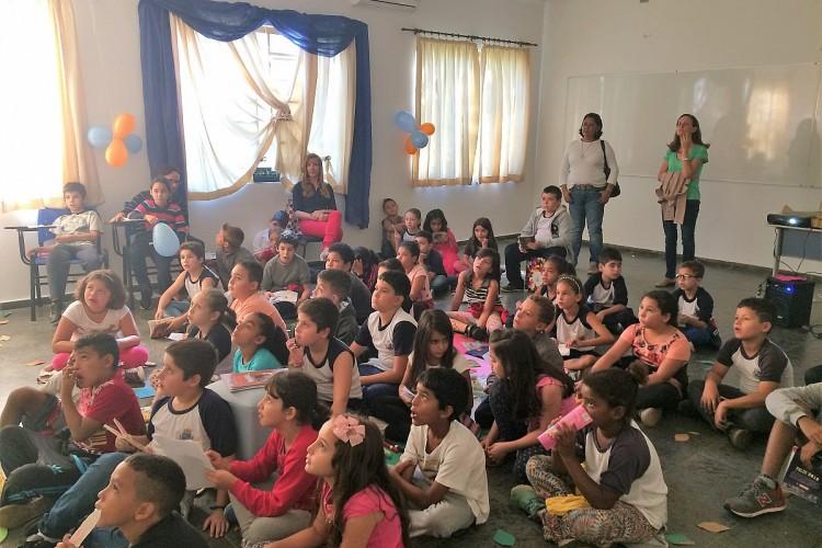 """Alunos da Rede Municipal comemoram a """"Semana do Jovem Trabalhador"""""""