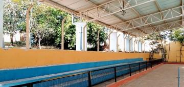 Muro vai substituir alambrado da Piscina Municipal