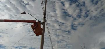 Prefeitura substitui lâmpadas antigas por led