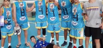 Basquete de Avaré derrota time da casa e é campeão em Estrela D'Oeste