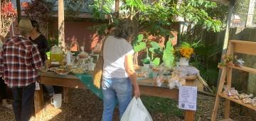 Feira inaugura café que oferece alimentos orgânicos
