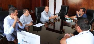 Reunião com representantes da CTG Brasil discutiu o baixo nível da represa de Jurumirim