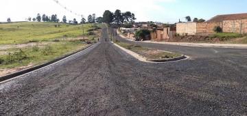 Prefeitura retoma pavimentação do anel viário