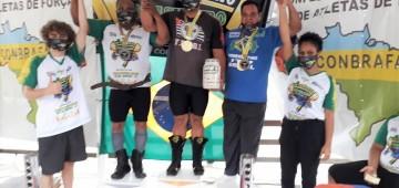 Atleta Jair Neves vence campeonato de supino no Rio de Janeiro