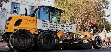 Prefeitura adquire motoniveladora 0 KM
