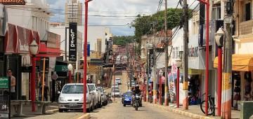 Prefeitura determina o fechamento do comércio por 10 dias