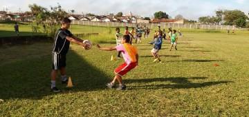 Começaram as aulas de futebol de campo no CSU