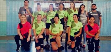 Handebol feminino é campeão pela Liga Regional