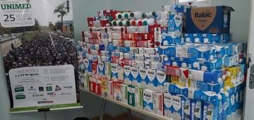 Fundo Social recebe doação de quase 800 litros de leite