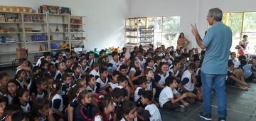 Ações pedagógicas propõem combate à dengue em escolas municipais