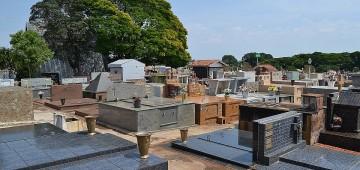 Cemitério Municipal não vai funcionar no final de semana do Dia das Mães