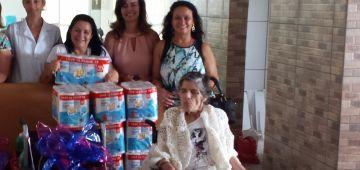 Educação entrega produtos na Residência do Amor Fraternal de Avaré