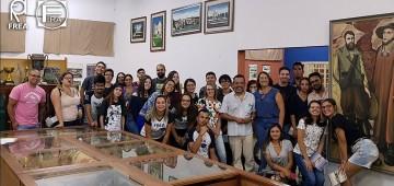 Alunos de História e de Artes visitam o Museu Municipal
