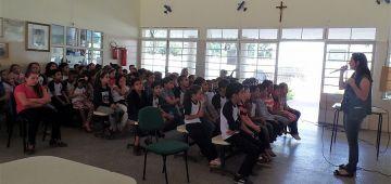 Escola instala fossa séptica para evitar contaminação