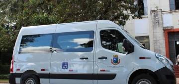 Prefeitura adquire nova van para Secretaria da Saúde