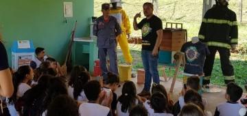 Palestra destaca importância das abelhas para manutenção do ecossistema
