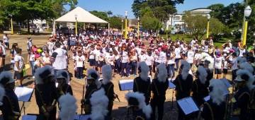 """""""Caminhanglo"""" festejou os 50 anos da FREA"""