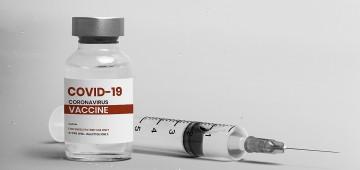 """""""Enquanto você escolhe a vacina, o vírus pode escolher você"""", alerta a Saúde"""