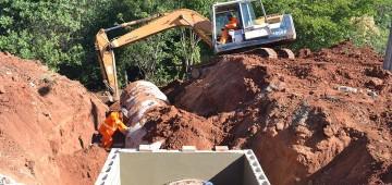 Prefeitura inicia obras para asfaltamento do Jardim Califórnia