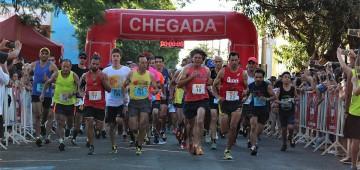 Atletas de 22 cidades disputaram a Corrida Elias de Almeida Ward