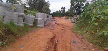 Obras que interliga bairros estão suspensas